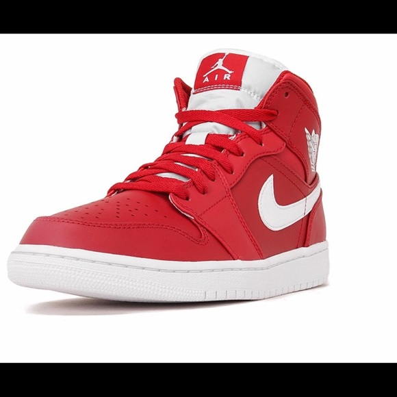 competitive price fa909 c274b Air Jordan 1 Mid Gym Red/White